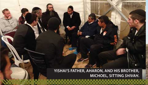 48-COLOR-A-Shivah-Visit-to-Aharon-Russels_06_07